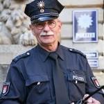警察 トラブル 新カギ