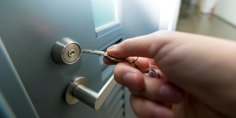 鍵を郵送する際の梱包方法は?